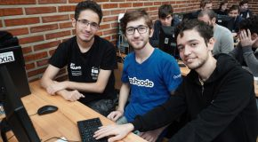 Computer Engineering Students Place Sixth in Regional Programming Contest